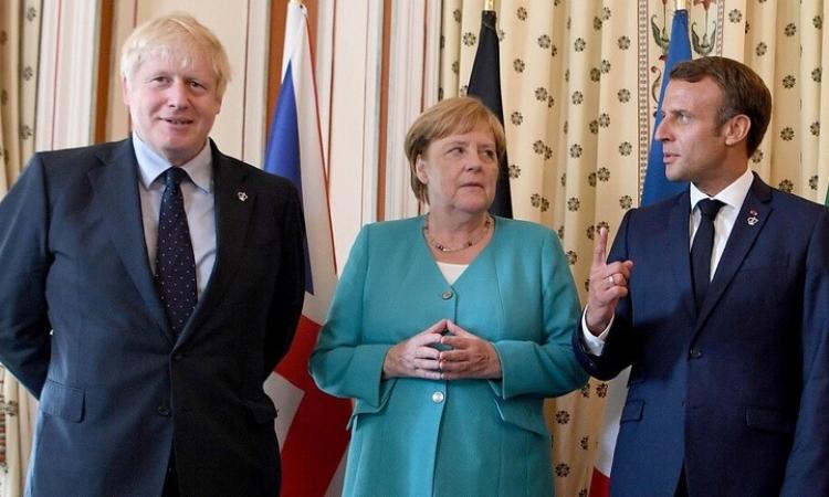 """بريطانيا وألمانيا وفرنسا تحمل إيران مسؤولية استهداف منشآت """"أرامكو"""""""