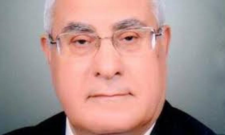 """""""منصور"""" يوجه تحية لشهداء 25يناير والشرطة"""