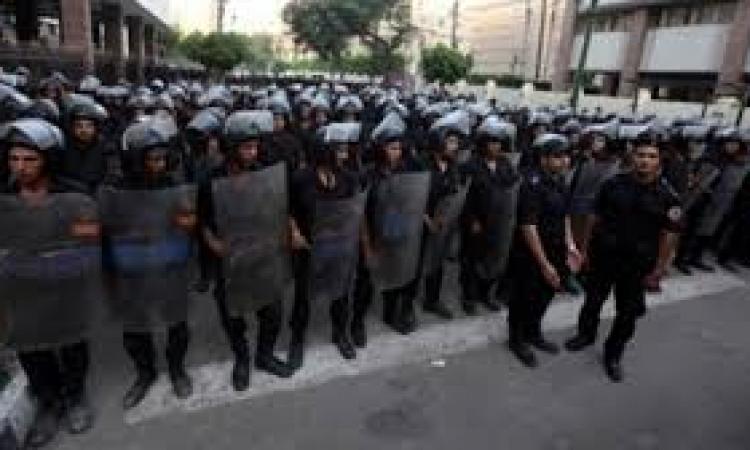 استعدادت أمنية مكثفة ببورسعيد للاحتفال بعيد الشرطة و ثورة يناير