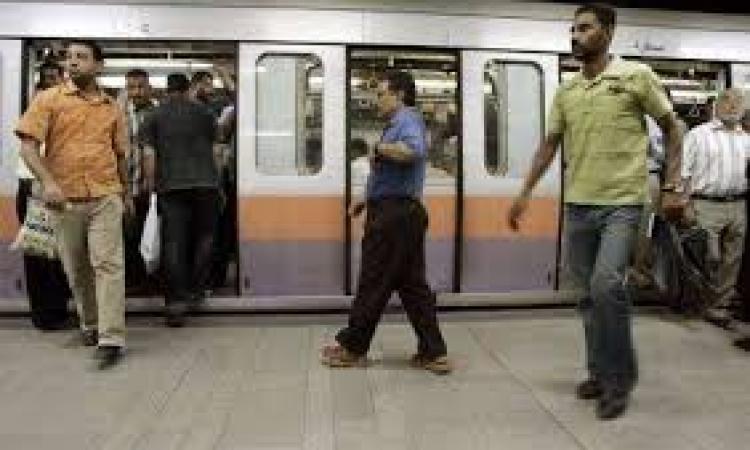 حالة من الرعب بين مستقلي مترو الأنفاق بعد انفجار البحوث