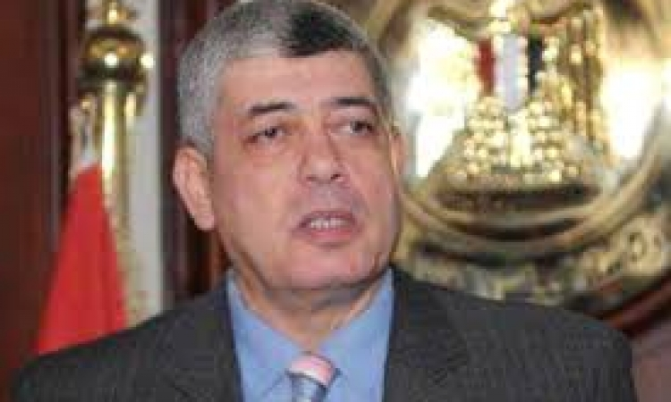"""وزير الداخلية يقف دقيقة حداد على روح شهيدة الصحافة """"ميادة اشرف"""""""