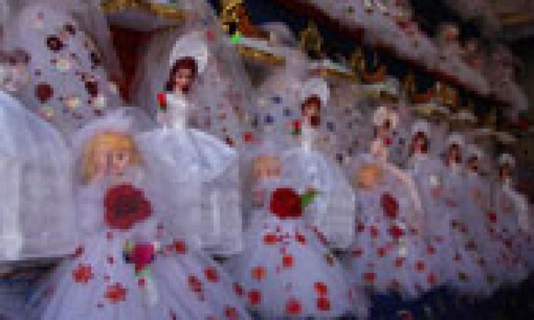 """عروسة المولد تتحدى الإرهاب وتزين القاهرة فى ذكرى """"المصطفى"""""""