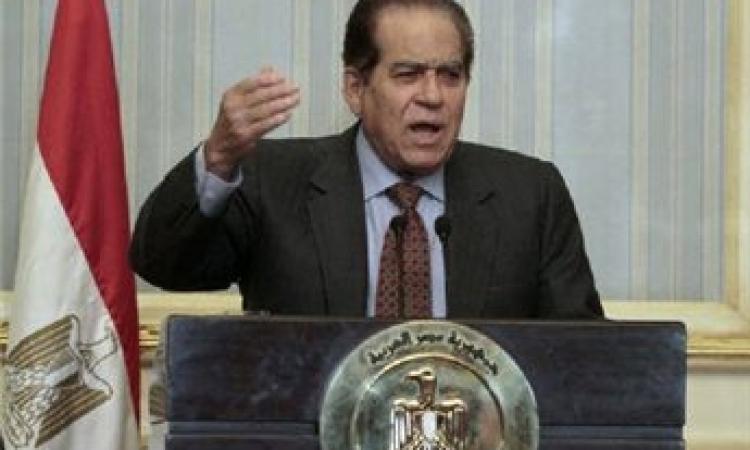 """رئيس وزراء """"مبارك والعسكري ومرسي""""..الجنزوري رجل كل المراحل"""