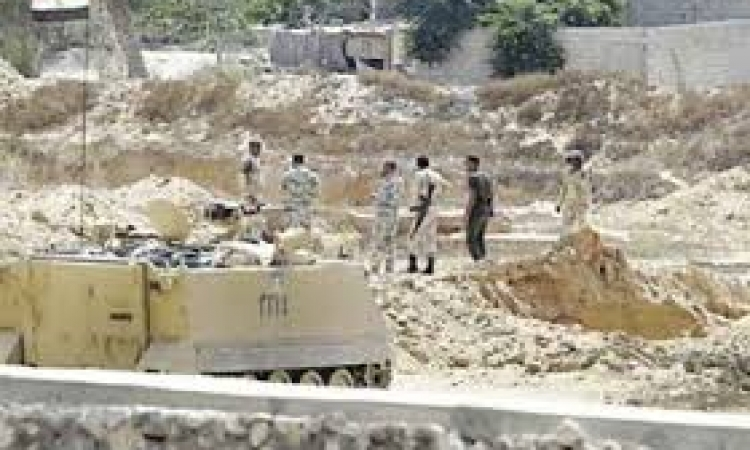 مقتل قيادي تكفيري وضبط 4 وتدمير 6 أنفاق جديدة بشمال سيناء