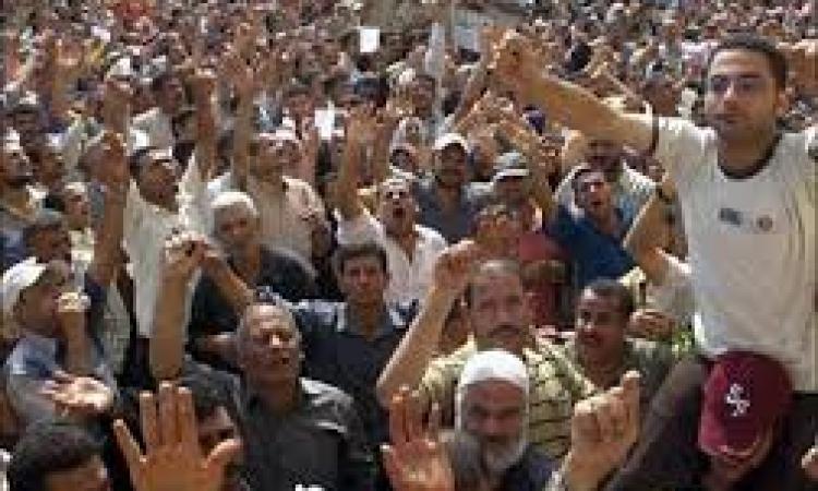 عمال عزل المحلة :لن نسمح بتسييس قضيتنا لصالح الإخوان