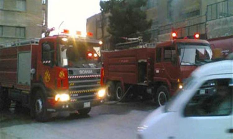 السيطرة على حريق هائل بمصنع للكرتون في المنطقة الصناعية بقويسنا وإصابة 4 عمال
