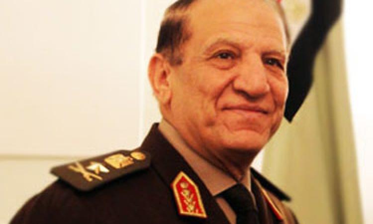عسكريون : ترشح عنان غباء سياسى ولعنة دعم الإخوان تطارده