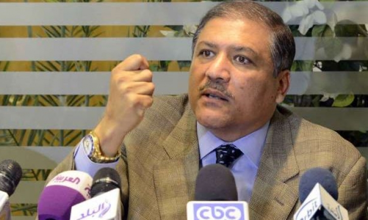 السادات يرحب باستقالة حكومة الببلاوى