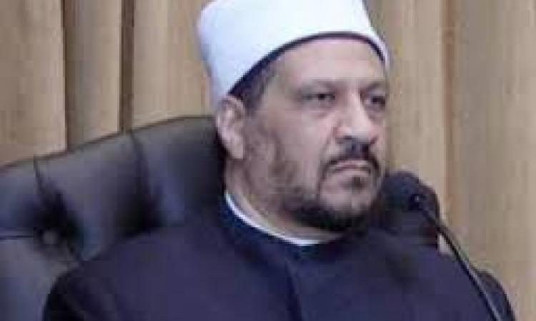 """أمين الفتوى: ما قاله """"مظهرشاهين""""مزايدة سياسيةلاعلاقة لها بالشرع."""