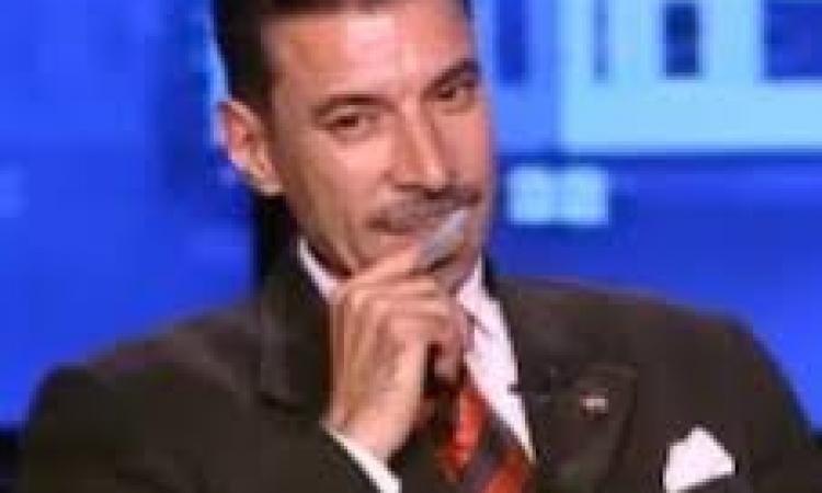 """هيكل : كان يجب ندب محامي لـ""""مرسي """" قبل البدء في الجلسات"""