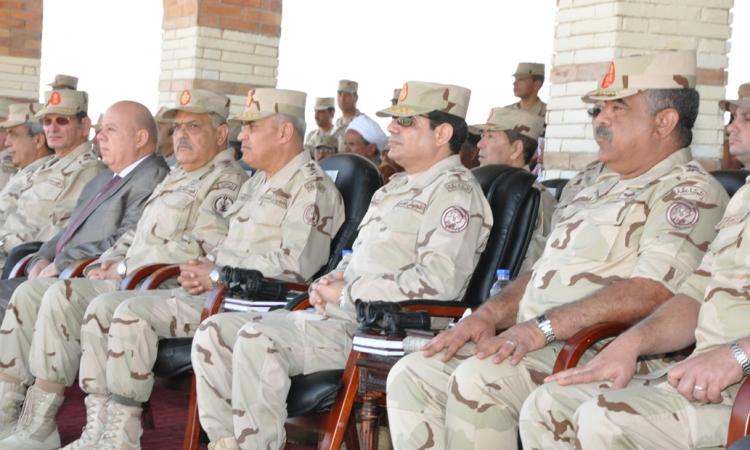 بالصور.. السيسي : أمن مصر وسلامتها يكمن في قوات مسلحة قوية