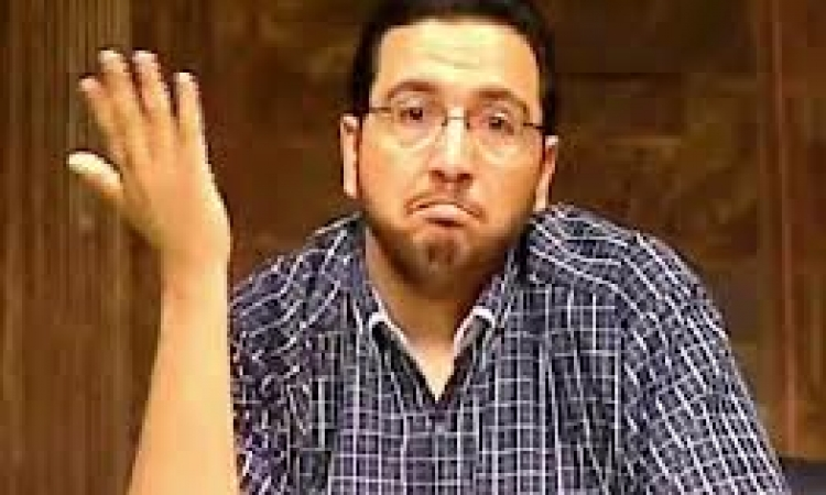 السيسي لافرز يتهمون بلال فضل بالأخونة