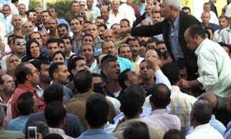 إضراب موظفو حوش عيسى  للمطالبة بالتثبيت  وتطبيق الحد الأدنى