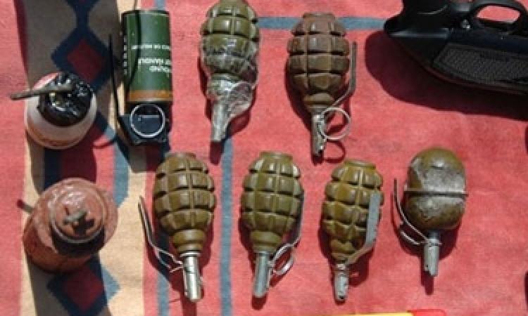 قوات الأمن تتمكن من ضبط 3 قنابل و3 آلاف قرص مخدر داخل محل أحذية بكرداسة