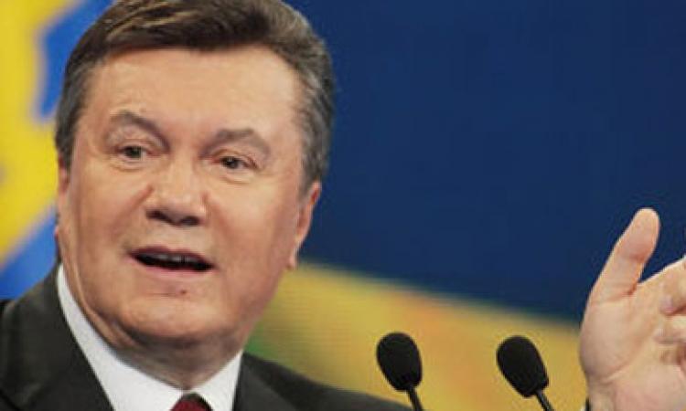 """""""سكاي نيوز"""": الرئيس الأوكراني يعلن انتخابات رئاسية مبكرة"""