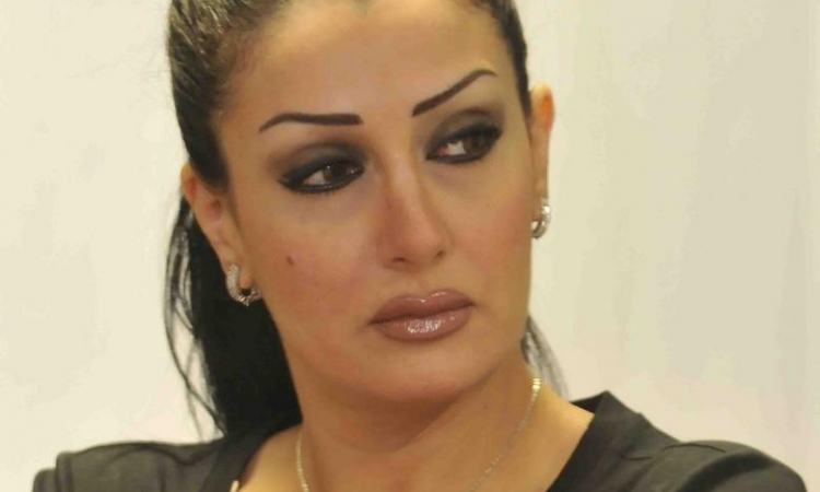 غادة عبد الرازق: محمد سامي شتمني بأمي وكشف عورتي في الشارع