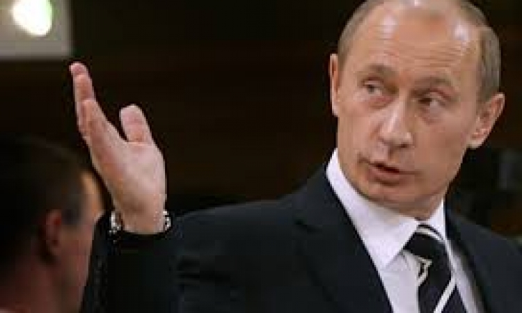 بوتين يطالب البرلمان الروسي السماح باستخدام القوة العسكرية بأوكرانيا