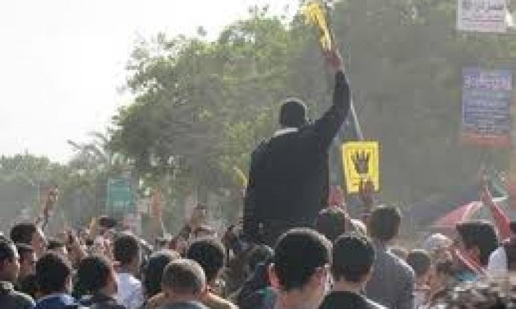 تأجيل محاكمة 76 من أنصار مرسي بالإسكندرية للغد لفض الأحراز