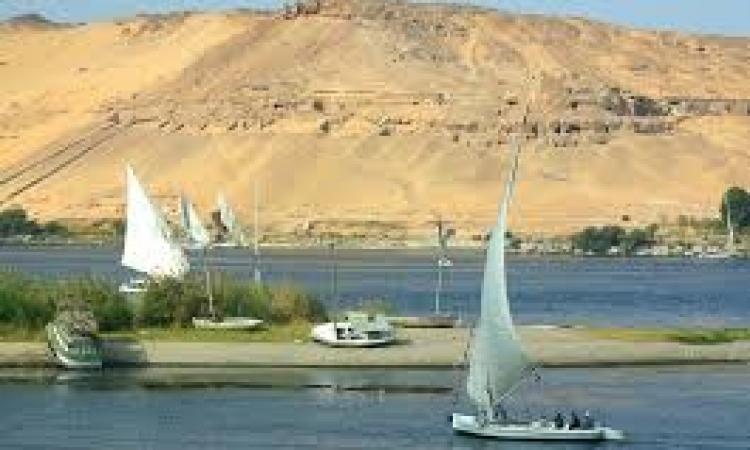جمعية النيل تنظم سباق للهجن بأسوان لجذب السائح العربي