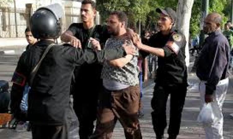 أمن الاسماعيلية يتصدي لمسيرات الإخوان