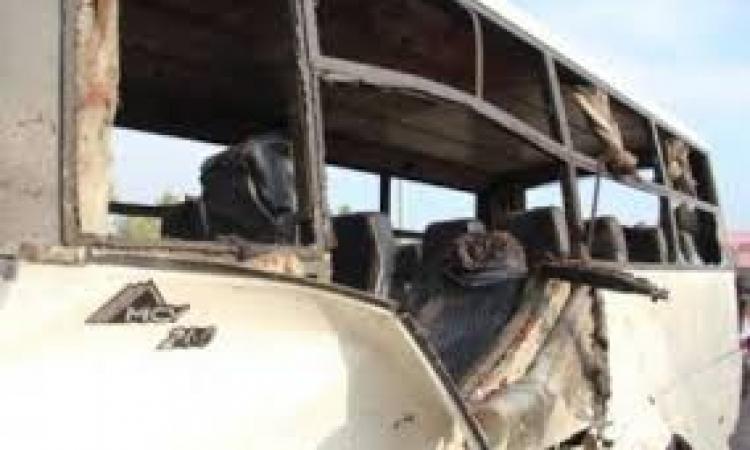 شهود عيان : أتوبيس  طابا المنفجر كان يقل 30 سائحًا وهناك جثث تفحمت بالكامل