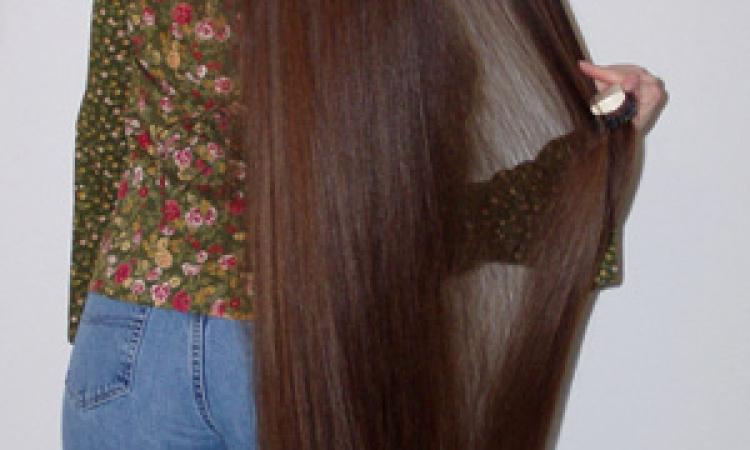 وصفة هندية لتطويل و تكثيف الشعر