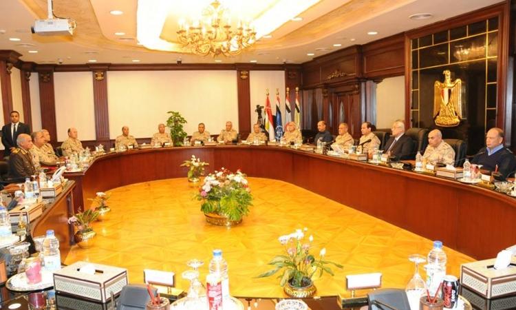 بالصور.. اجتماع المجلس الأعلى للقوات المسلحة ورئيس الجمهورية