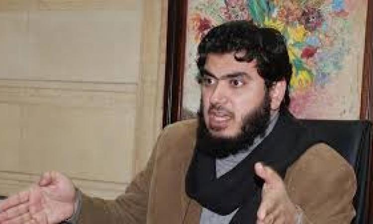 """عضو بتحالف الإخوان:الجيش ضغط على """" عنان"""" لمنعه من الترشح"""