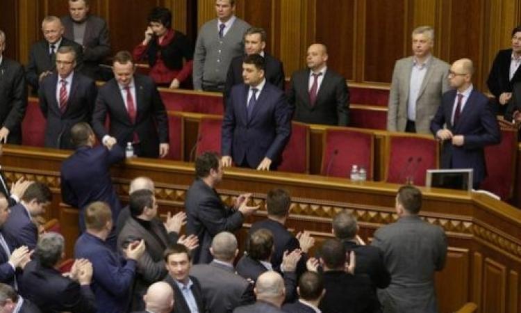 الأزمة الأوكرانية : البرلمان القرمى يقر الإستقلال عن أوكرانيا