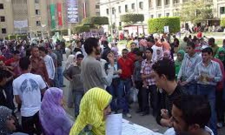 """""""هندسة القاهرة"""" تمنع دخول الطلاب بـ""""البرمودا"""""""
