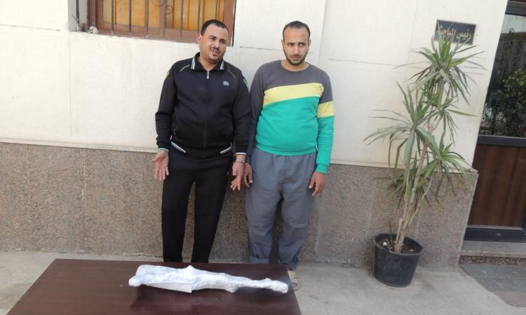 أمن القاهرة يضبط عصابة للسرقة بالإكراه وبحوزتهم أسلحة نارية