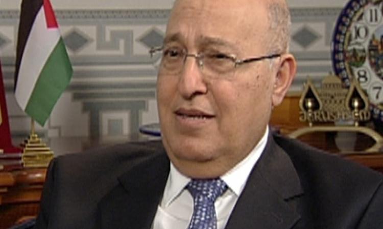 """عضو اللجنة المركزية لـ""""فتح"""" يلقي محاضرة بـ""""تل أبيب"""""""