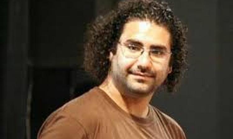 """إخلاء سبيل علاء عبدالفتاح.. وتأجيل قضية """"أحداث الشورى"""" لـ 6 أبريل"""