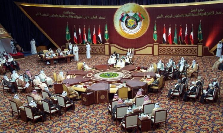 سحب السفراء من قطر يتصدر عناوين المواقع العربية