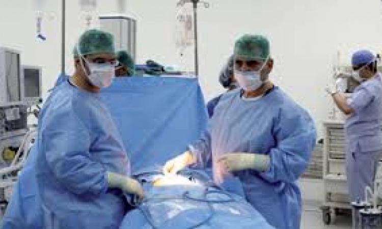 جراحة لاستئصال مرارة نادرة بمستشفى الإسماعيلية العام