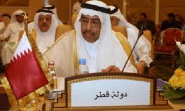 مشادة كلامية بين سفير قطر والصحفين