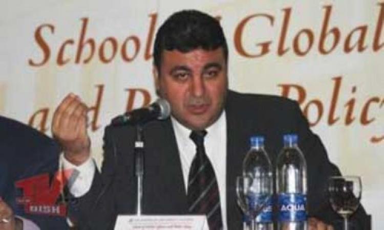 """ياسر عبد العزيز يرفض تدخل الحكومة في وضع """"ميثاق الشرف الإعلامي"""""""