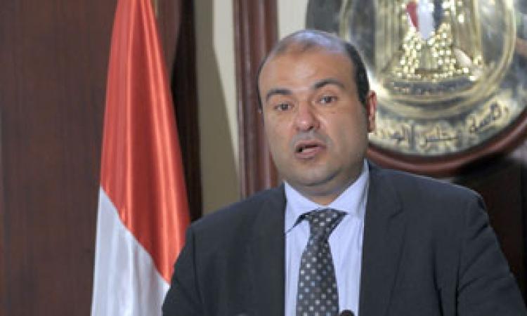 وزير التموين الجديد يتعهد بحل أزمة رغيف العيش