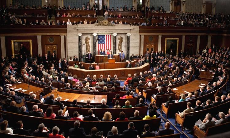 تصاعد الأزمة الأوكرانية .. مجلس الشيوخ الأمريكي يتهم المخابرات بعدم الكفاءة
