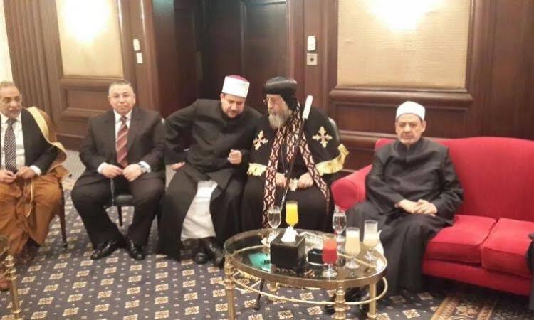 بالصور.. البابا تواضروس يشارك بالمؤتمر الإسلامي بعد طرد قطر و تركيا