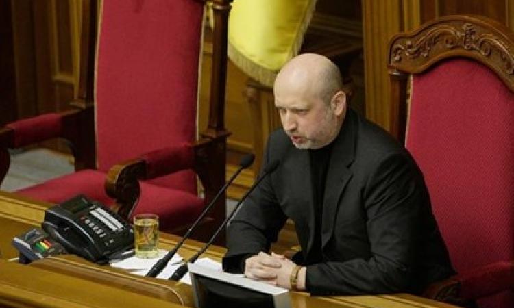 تيرتشينوف: أوكرانيا تسحب قواتها من القرم بعد تهديدات روسية