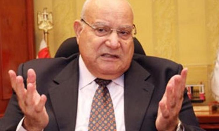 غدا.. وزير النقل يتفقد أعمال التطوير بميناء الإسكندرية
