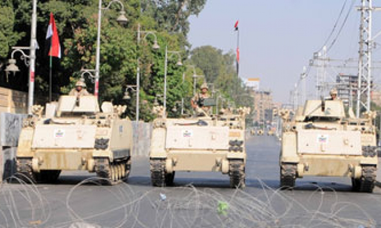 إجراءات أمنية مكثفة بمحيط قصر الاتحادية استعدادا لمظاهرات الإخوان
