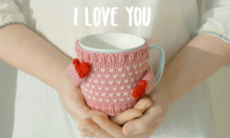 لمحبي التريكو.. أحدث الأشكال لتزيين ماج الشاي