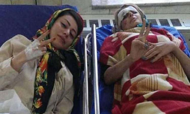 بالفيديو.. الـ«selfie» يعرض حياة فتاتين للموت