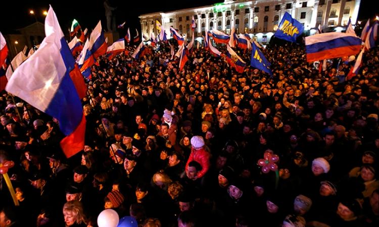الفائز المحتمل بالرئاسة الأوكرانية يؤكد أنه «لا يعترف بانضمام القرم إلى روسيا»