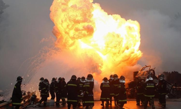 مقتل 31 شخصا وإصابة 90 آخرين في انفجارات بالصين
