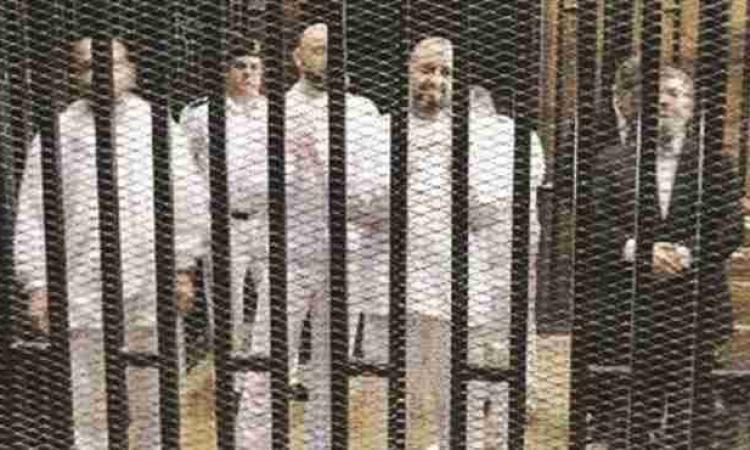 بالهليكوبتر.. وصول مرسى وقيادات الإخوان أكاديمية الشرطة لحضور جلسة محاكمتهم في أحداث الاتحادية