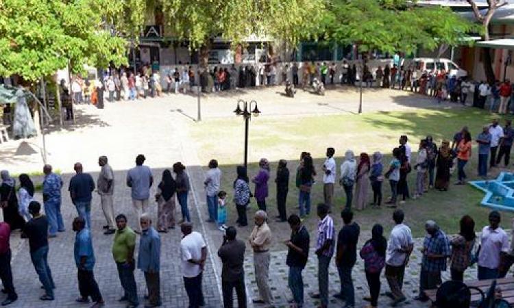 لليوم الثالث من الانتخابات الرئاسية.. بدء عملية التصويت في فرنسا