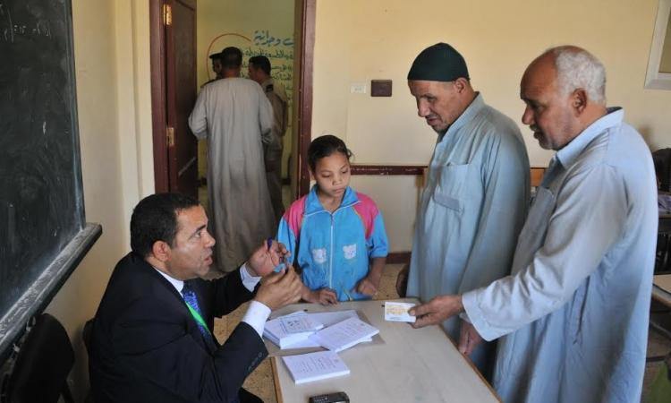 العليا للرئاسة: انتظام العمل داخل لجان التصويت في مختلف أنحاء البلاد